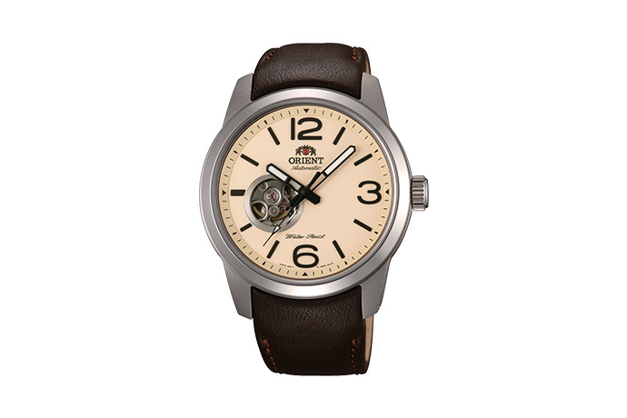 ORIENT: Mechanical Sports Watch, Leather Strap - 42.5mm (DB0C005Y)