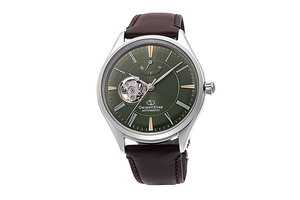 ORIENT STAR: Mechanical Classic Watch, Leather Strap - 40.4mm (RE-AT0202E)