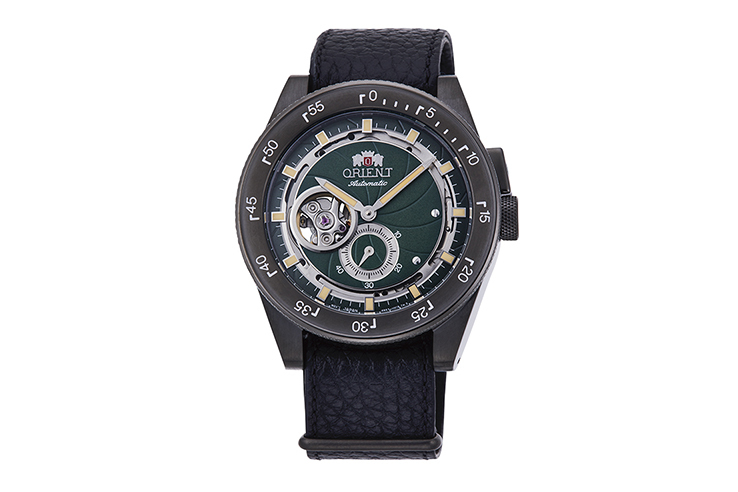ORIENT: Mechanical Revival Watch, Leatherl Strap - 40.8mm (RA-AR0202E)