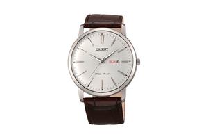 Orient: Cuarzo Clásico Reloj, Cuero Correa - 40.5mm (UG1R003W)