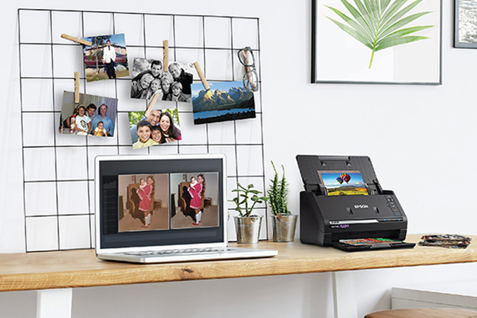 FastFoto FF-680W Wireless High-speed Photo and Document Scanning System