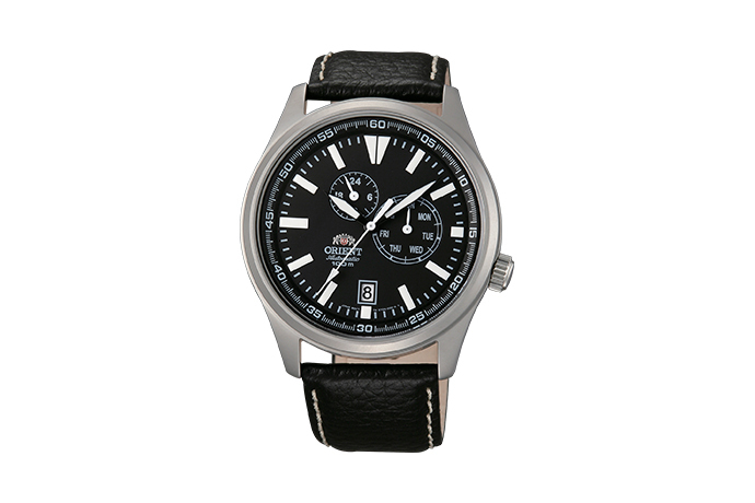 ORIENT: Mechanical Sports Watch, Leather Strap - 42.0mm (ET0N002B)
