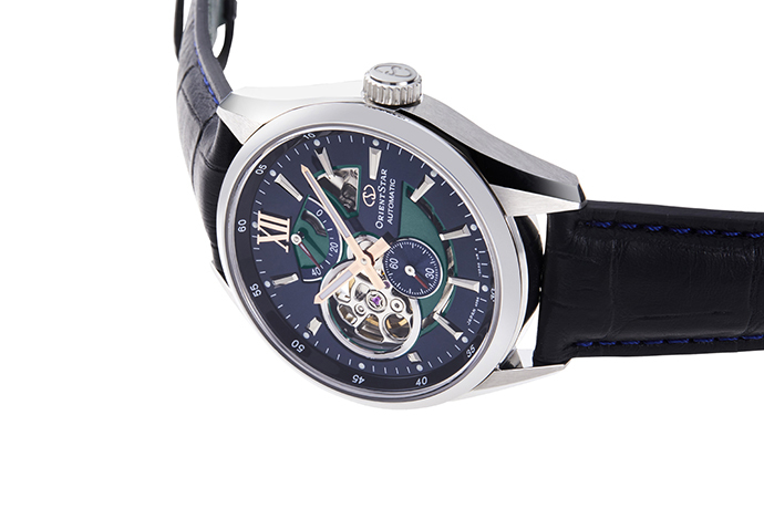 ORIENT STAR: Mechanical Contemporary Watch, Leather Strap - 41mm (RE-DK0002L)