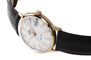 ORIENT: Mechanical Classic Watch, Leather Strap - 40.5mm (AC00002W)
