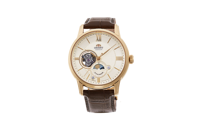 ORIENT: Mechanical Classic Watch, Leather Strap - 42.0mm (RA-AS0004S)