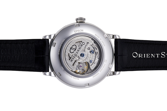ORIENT STAR: Mechanical Classic Watch, CrocodileLeather Strap - 41mm (RE-AM0002L)
