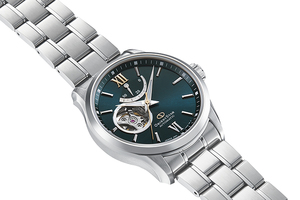 ORIENT STAR: Mechanical Contemporary Watch, Metal Strap - 39.3mm (RE-AT0002E)