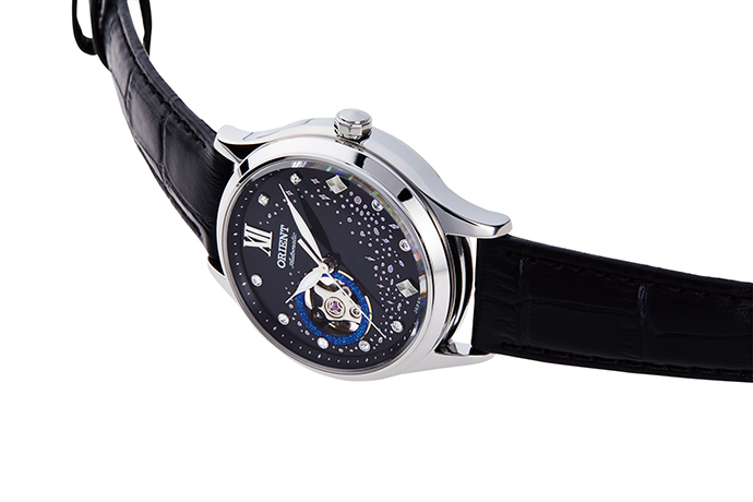 ORIENT: Mechanical Contemporary Watch, Leather Strap - 35.6mm (RA-AG0019B)