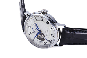 ORIENT STAR: Mechanical Classic Watch, CrocodileLeather Strap - 40mm (RE-HH0001S)