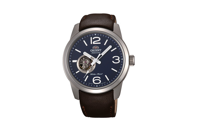 ORIENT: Mechanical Sports Watch, Leather Strap - 42.5mm (DB0C004D)
