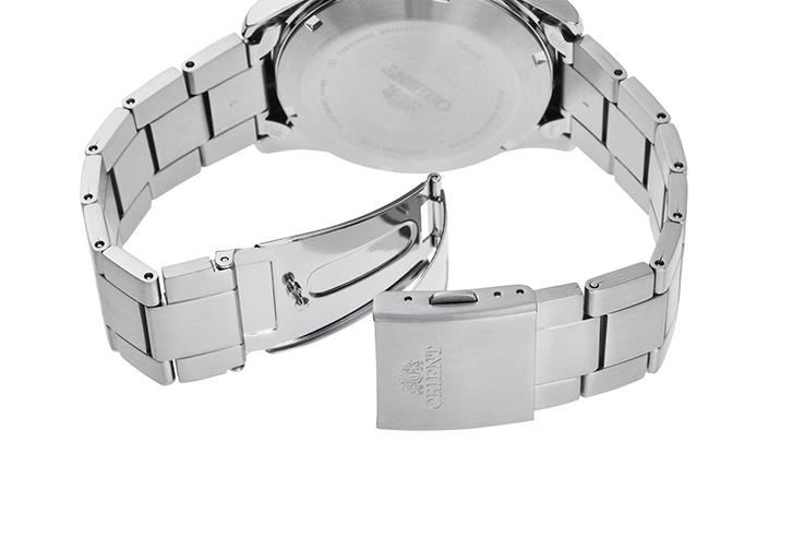 ORIENT: Mechanical Sports Watch, Metal Strap - 42.4mm (RA-AK0401L)
