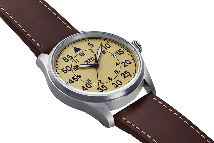 ORIENT: Mechanical Sports Watch, Leather Strap - 42.4mm (RA-AC0H04Y)