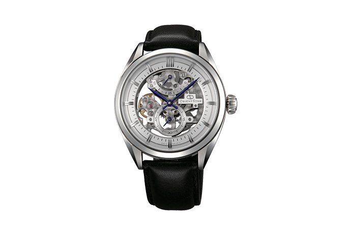ORIENT STAR: Mechanical Classic Watch, Leather Strap - 40.0mm (DX00002W)