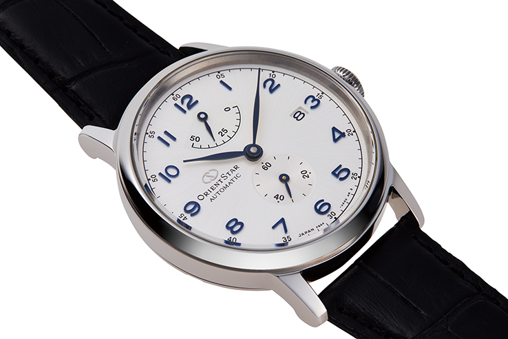 ORIENT STAR: Mechanical Classic Watch, Leather Strap - 38.7mm (RE-AW0004S)