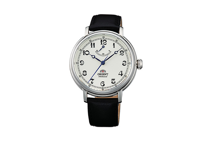 ORIENT: Mechanical Classic Watch, Leather Strap - 40.0mm (DD03003Y)