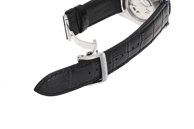 ORIENT STAR: Mechanical Sports Watch, Leather Strap - 43.2mm (RE-AT0108L)