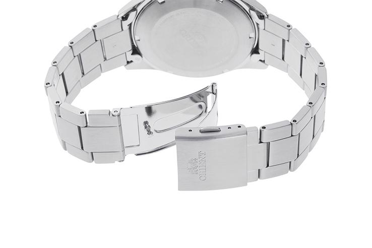 ORIENT: Mechanical Sports Watch, Metal Strap - 42.6mm (RA-AK0601L)