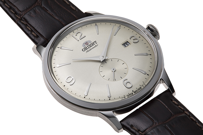 ORIENT: Mechanical Classic Watch, Leather Strap - 40.5mm (RA-AP0003S)