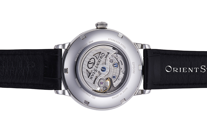 ORIENT STAR: Mechanical Classic Watch, CrocodileLeather Strap - 41mm (RE-AM0001S)