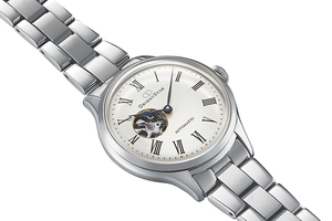 ORIENT STAR: Mechanical Classic Watch, Metal Strap - 30.5mm (RE-ND0002S)