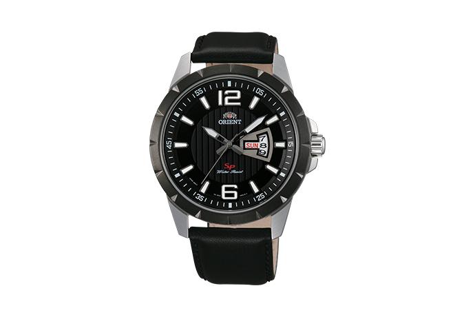 Orient: Cuarzo Sports Reloj, Cuero Correa - 43.0mm (UG1X002B)