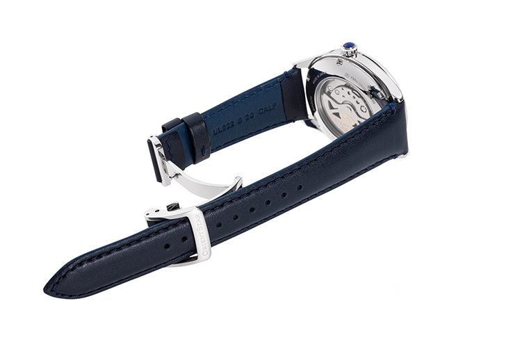 ORIENT STAR: Mechanical Classic Watch, Leather Strap - 40.4mm (RE-AT0203L)