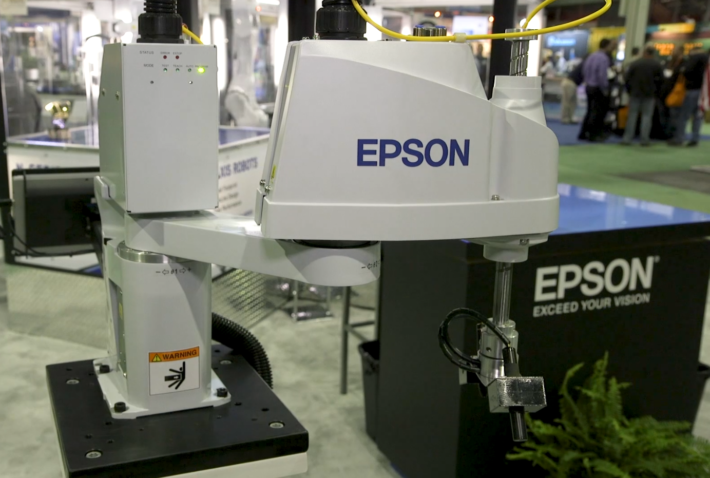 Epson's Synthis T3 All-in-One SCARA Robot at Assembly 2017
