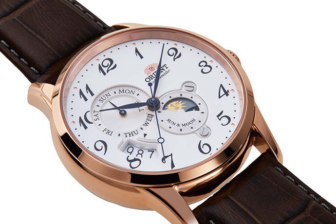 ORIENT: Mechanical Classic Watch, Leather Strap - 42.5mm (RA-AK0001S)