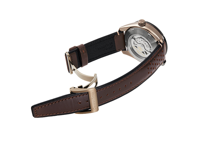 ORIENT STAR: Mechanical Sports Watch, Leather Strap - 43.2mm (RE-AV0A04B)