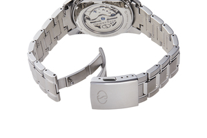 ORIENT STAR: Mechanical Contemporary Watch, Metal Strap - 40.0mm (RE-HK0002L)