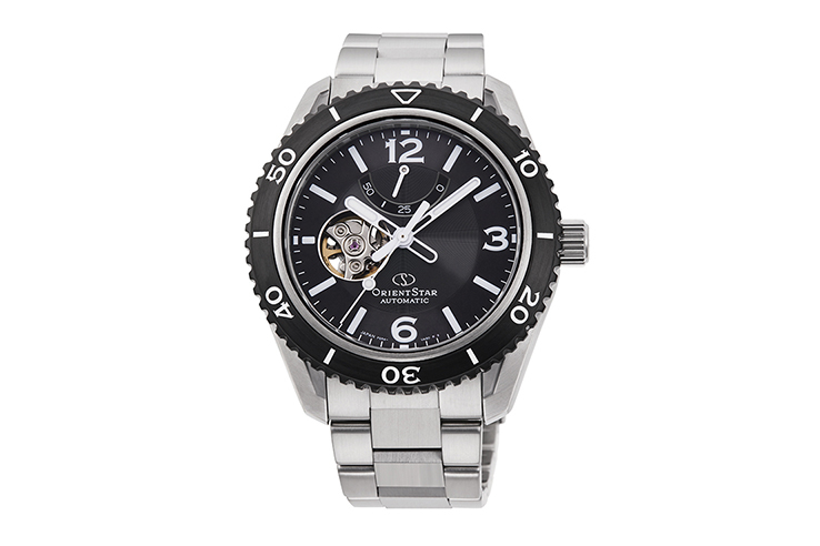 ORIENT STAR: Mechanical Sports Watch, Metal Strap - 43.2mm (RE-AT0101B)