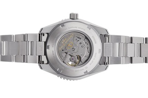 ORIENT STAR: Mechanical Sports Watch, Metal Strap - 43.2mm (RE-AT0107S)
