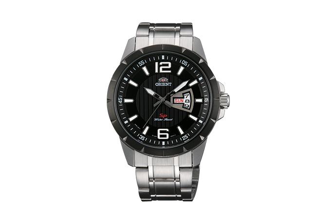 Orient: Cuarzo Sports Reloj, Metal Correa - 43.0mm (UG1X001B)