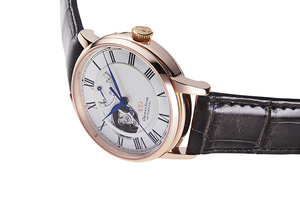ORIENT STAR: Mechanical Classic Watch, CrocodileLeather Strap - 40mm (RE-HH0003S)