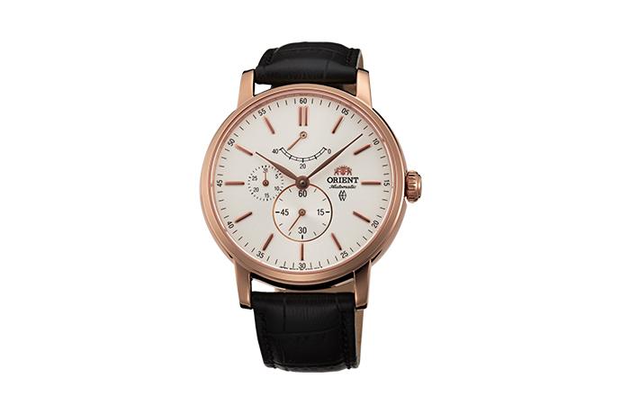 ORIENT: Mechanical Classic Watch, Leather Strap - 41.0mm (EZ09006W)
