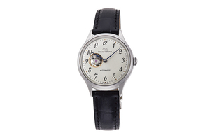 ORIENT STAR: Mechanical Classic Watch, Leather Strap - 30.5mm (RE-ND0007S)